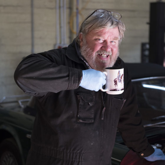 Mark Clegg topping up with a mug of tea Wight Classics