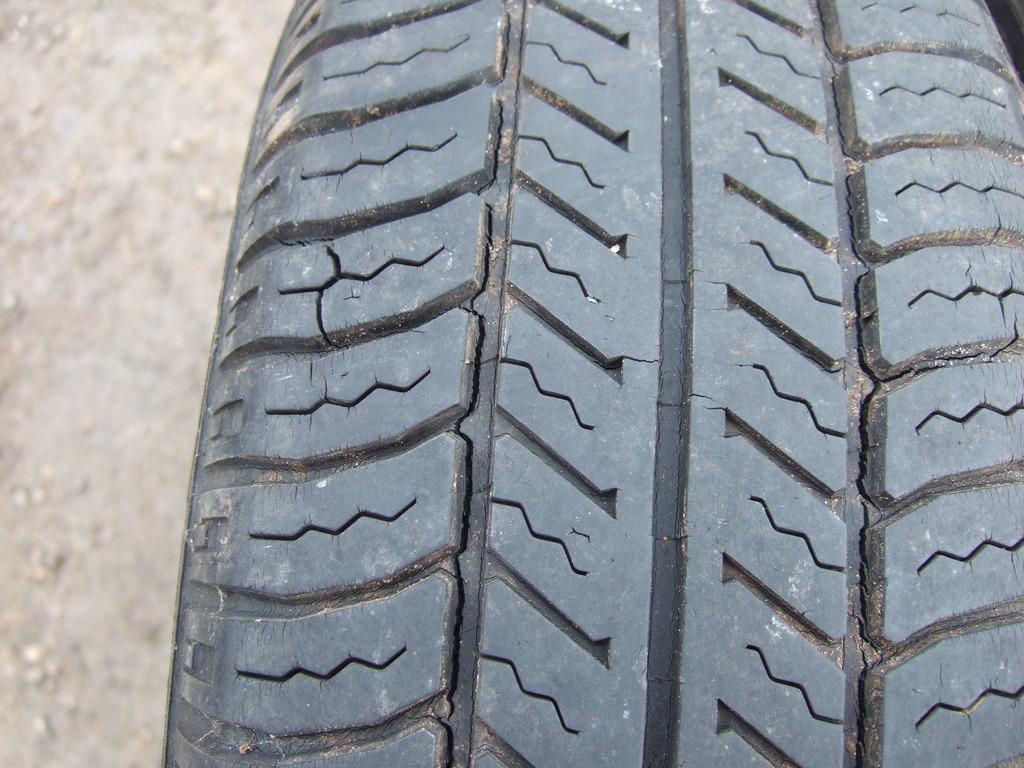 Classics car tyre check Wight Classics